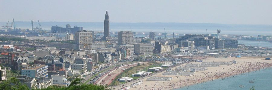 apartment hotels in Le Havre view on city