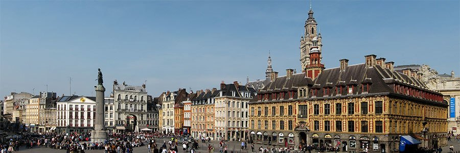 Grand Place near the apartment hotels in Lille
